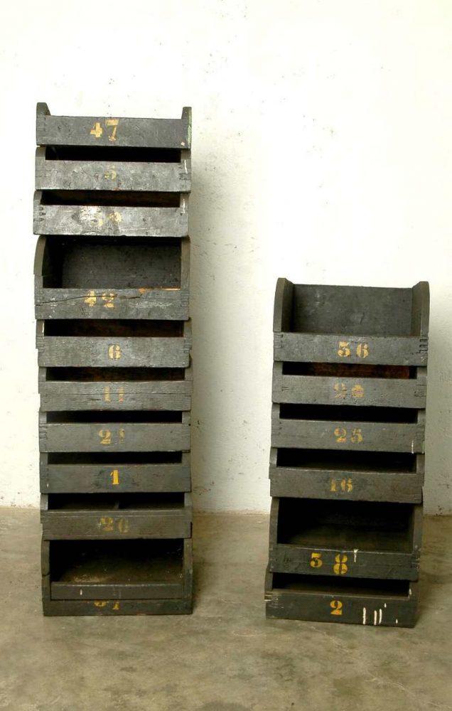 Cassetti industriali in legno vintage laboratorio vintage - Mobili industriali vintage ...
