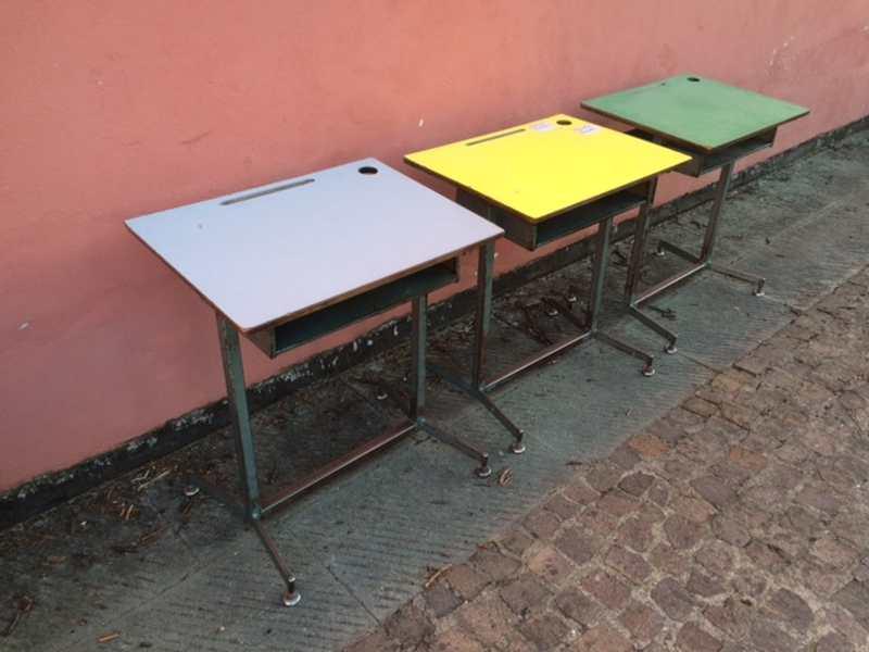 Tavoli e scrivanie laboratorio vintage for Tavoli e scrivanie