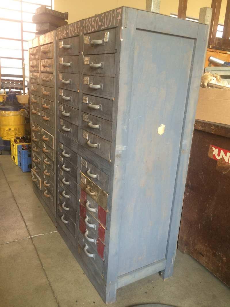 Cassettiera industriale vintage h150 l83 p50 laboratorio for Cassettiera industriale vintage