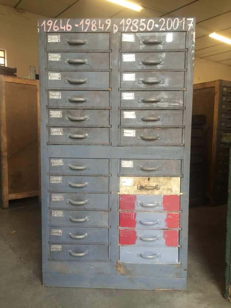 Cassettiera industriale vintage h150 l83 p50 laboratorio for Mobili industriali vintage