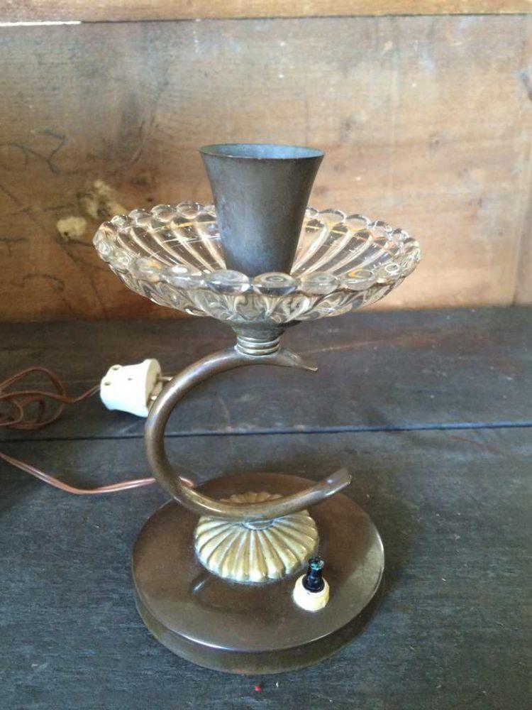 Lampada anni 50 in vetro e ottone laboratorio vintage - Lampade da tavolo anni 50 ...