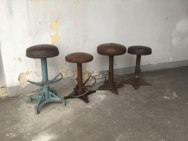Castore sgabello alto metallo vintage sgabelli vintage e industriali