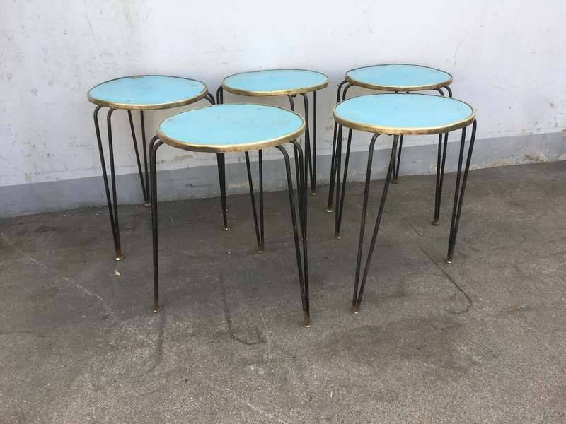 Sedie in metallo sgabelli sgabelli in plastica sgabelli in